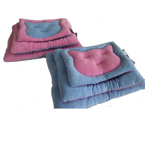 Лежанка для кошек Бобровый дворик Мяу-Мяу, размер 3, размер 56х43см., цвета в ассортименте