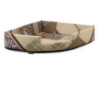 Лежанка для собак Гамма, цвета в ассортименте, размер 60х60х80см.